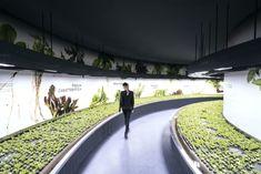 "exhibition farm curve plant ""Man and The Future – Hortus"" by Carlo Ratti Associati - 谷德设计网 Interactive Exhibition, Urban Nature, Science Museum, Ceiling Design, Hydroponics, Pavilion, Park, Digital, Tech"