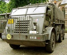 DAF YA 328 Automobile, Super 4, Car Camper, Army Vehicles, Vintage Trucks, Classic Trucks, Old Cars, Antique Cars, Transportation