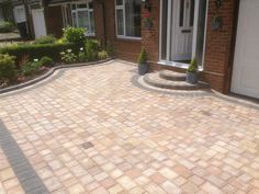 Block Paving Drive in Dunstable Front Driveway Ideas, Block Paving Driveway, Driveway Design, Driveway Landscaping, Landscaping Ideas, Walkway Ideas, Wood Walkway, Outdoor Walkway, Front Garden Path