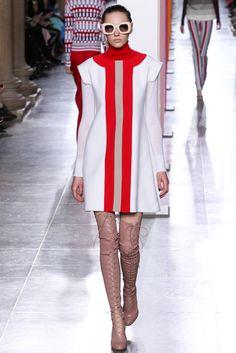 yourmothershouldknow:  Jonathan Saunders Otoño/Invierno 2015Semana de la Moda de Londres…..Jonathan Saunders Autumn/Winter 2015London Fashion Week