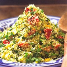 Couscous salad with bell pepper and green herbs - recipe - okoko recipes - Couscous salad with bell pepper and green herbs, from the cookbook & too – Morocco& - Quick Healthy Meals, Healthy Salads, Vegetarian Recipes, Healthy Recipes, Herb Recipes, Grilled Tomatoes, High Calorie Meals, Dinner Salads, Vegetable Salad