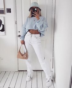 Super cute outfit with amazing colour palette! Tag someone who would love this ❤️ Clothing brands are tagged ✨.Super cute outfit with amazing colour palette! Tag someone who would love this ❤️ Clothing brands are tagged ✨ - Photo: - Uni Outfits, Tumblr Outfits, Outfits For Teens, Casual Outfits, Fashion Outfits, Fashion Tips, Lazy Fashion, Fashion Clothes, Fashion Fashion