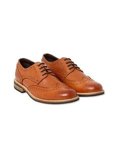 Browse our stylish & sturdy men's shoes and boots at White Stuff. From smart lace ups to casual Chelsea boots, browse the range here. Mens Shoes Boots, Men's Shoes, Shoe Boots, Dress Shoes, Leather And Lace, Brown Leather, Brogues, Brogue Shoe, Clearance Shoes