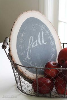 27 MORE Expensive Looking DIY Gifts. Crafts and DIY Gift Ideas for Him, for Her, for Family and Friends.  Perfect for Birthday, Christmas, Mom and Dad.   DIY ChalkBoard Sign   http://diyjoy.com/homemade-diy-gifts-pinterest