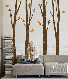Etiqueta de la pared del árbol de abedul con vuelo por NouWall