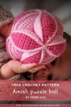 Here you can find a roundup of 10 crochet #gift ideas for #baby #showers. They're all free #crochet #patterns! Visit wilmade.com for more inspiration.