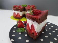 Tort truskawkowo - czekoladowy - YouTube Cheesecake, Youtube, Cheesecakes, Youtubers, Cherry Cheesecake Shooters, Youtube Movies
