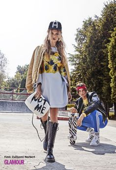 Idén ősszel a bakancs kötelező. (A ruhát is bírjuk.) Boots are a must this autumn. (We love this dress as well.)