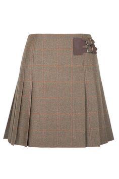 So cute! Love this little tweed skirt. Short Pleated Tweed Skirt #QHCongress13 Dubarry of Ireland