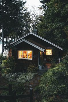 visualempire Dylan Furst | Cozy Cabin In The Mornings