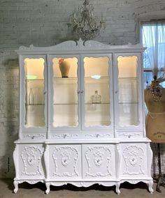 Painted Cottage Prairie Chic One of a Kind Vintage China Display Cabinet CC1109 Painted Cottage, Shabby Cottage, Cottage Chic, My Furniture, Shabby Chic Furniture, Shabby Chic Shelves, China Cabinet Display, Chair Pictures, Glass Knobs
