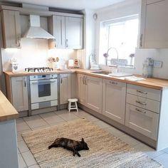 ✔ 68 suprising small kitchen design ideas and decor that you will suprised 45 Home Decor Kitchen, Interior Design Kitchen, Diy Kitchen, Kitchen Ideas, Kitchen Grey, Eclectic Kitchen, Kitchen Sink Lighting, Küchen Design, Design Ideas