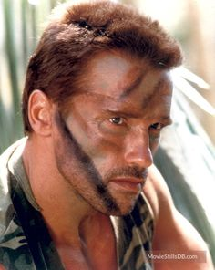 A gallery of Predator publicity stills and other photos. Featuring Arnold Schwarzenegger, Carl Weathers, Kevin Peter Hall, Sonny Landham and others. Sf Movies, Movie Tv, Arnold Schwarzenegger Predator, Arnold Movies, Aliens, Predator Movie, Predator Alien, Ragnar Lothbrok Vikings, Silvester Stallone