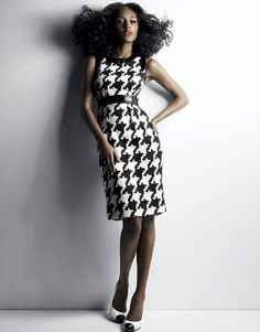 Houndstooth dress :) needs to be a little shorter Workwear Fashion, Plaid Fashion, Houndstooth Dress, Vogue, Fashion Beauty, Fashion Fashion, Fashion Blogs, Fashion Women, High Fashion
