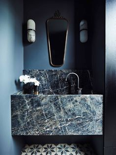 10 of the Most Exciting Bathroom Design Trends for 2019 Emily Henderson bathroom trends 2019 ~ETS - Marble Bathroom Dreams Bad Inspiration, Bathroom Inspiration, Thursday Inspiration, Bathroom Interior Design, Modern Interior Design, Interior Architecture, Marble Interior, Stone Interior, Restroom Design