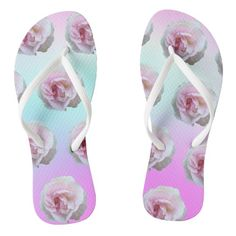 Grey Flip Flops, Christmas Card Holders, Pink Roses, Light Blue, Great Gifts, Gift Ideas, Pattern, Prints, Color