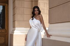 Formal Dresses For Weddings, Black Wedding Dresses, Elegant Wedding Dress, Wedding Dress Styles, Bridal Dresses, Bridesmaid Dresses, Prom Dresses, Wedding Bows, Ivory Wedding