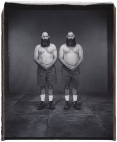 Mary Ellen Mark, Twins Festival, Twinsburg, Ohio, 2002.