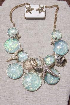 Ocean Treasures necklace in aqua