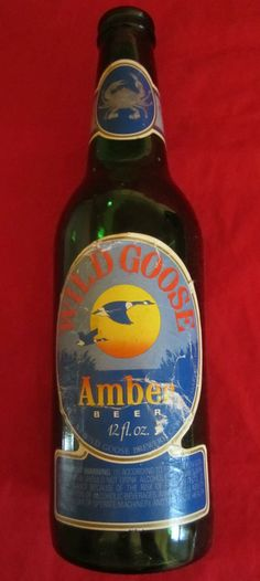 Old Bottles, Vintage Bottles, Beer Bottle, Cambridge, Vintage Items, Drinks, Ebay, Design, Beer Bottles