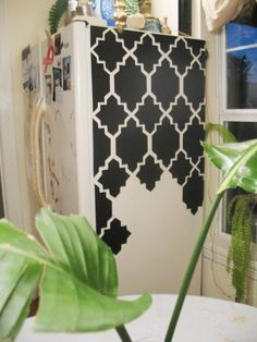 Shoestring Pavilion: Contact your fridge. Website also shows contact paper labels. Refrigerator Makeover, Paint Refrigerator, Home Crafts, Diy Crafts, Contact Paper, Pattern Paper, Decorating Tips, Diy Furniture, Furniture Makeover
