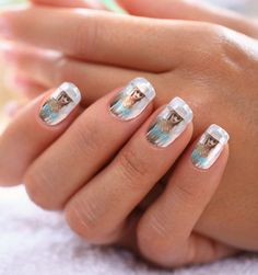 Photographic Nail Stickers - NailSnaps Turns Your Fingers into a Gallery (GALLERY)