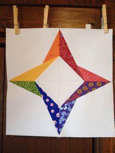 Block pattern: Foldstar by Ula Lenz (www.lenzula.com/pattern/free/stars.php)
