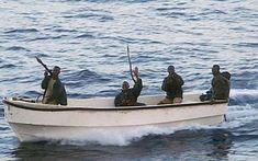 A vízhez kapcsolódó problémaként jelenhet meg a tengeri kalózkodás, különösen a kelet-afrikai Szomália partjainál.