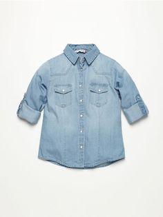 Jeansowa koszula z podwijanym rękawem