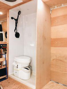 Van Conversion Shower, Van Conversion Interior, Camper Van Conversion Diy, Enclosed Trailer Camper, Cargo Trailer Camper, Cargo Trailers, Camper Caravan, Travel Trailers, Camper Van Shower