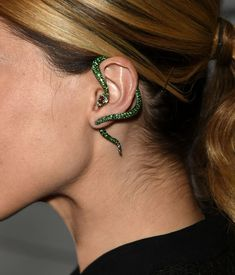 Jewelry OFF! Statement Cuff Earrings are Trending Jewelry Style for Spring Summer Sophia Bush wearing green serpent statement cuff earrings at Maxim's Hot 100 Women Of 2014 Celebration. Snake Jewelry, Ear Jewelry, Cute Jewelry, Jewelry Box, Jewelry Accessories, Fashion Accessories, Fashion Jewelry, Jewelry Design, Trendy Jewelry