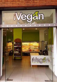 Another 100% Vegan Market! This time in ITALY!! I swear, they're popping up all over the world! Hurray!! #MyVeganJournal