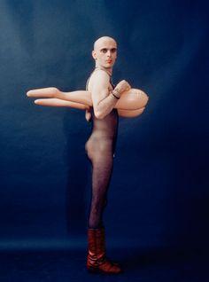 Barefoot: Jurgen Klauke