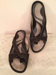 Clarks Artisan Women's Black Leather Sandals    Size 11 #Clarks #Sandals