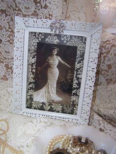 Vintage Metal filigree picture frame, cottage chic, black and white, rhinestone embellishment
