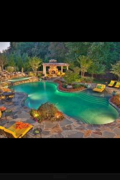 Dreams begin with a vision...WOW...THIS IS SO MY NEXT DREAM YARD.