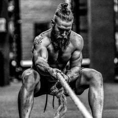 Jared Stevens, 31 ans, 1m83, 94kg, CrossFit 417, 11eme des CrossFit Games 2015 en équipe. #workout#fitfam#fitness#eatclean#motivation#diet#fitgirl#intensity#gym#healthy#weightloss#like4like#cardio#muscle#fitspo#bodybuilding#healthtips#squats#power#protein#fitlife#follow4follow#detox#nutrition#training#instafit#determination#instagym#getfit#crossfit