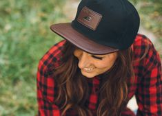 This stylish women's hat is all about following your passion (our motto at Belong Designs).    With a premium leather brim, and a snapback for any size of head, you'll have the perfect accessory to just about any laid back outfit. Features: 100% Premium Leather with Embossed Belong Logo and statement 100% Premium Leather Brim Quality BelongSnap-Tech Snapback