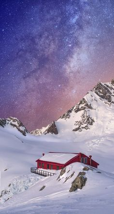 The Milky Way over the Southern Alps, NZ