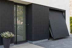 Cool & Creative Garage Doors ************ They can likkewise mmakke roomms without y. Modern Garage Doors, Garage Door Design, Modern Door, House Cladding, Wall Cladding, Garage House, House Front, Casas Containers, Exterior Design