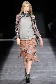 Isabel Marant Fall 2009 Ready-to-Wear Fashion Show - Angela Lindvall (OUI)