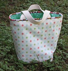 piped gift bag by moonthirty, via Flickr