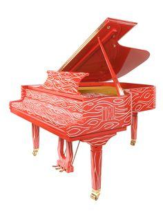 Vue 3/4 du piano Pleyel d'artiste Erato Humana Est.