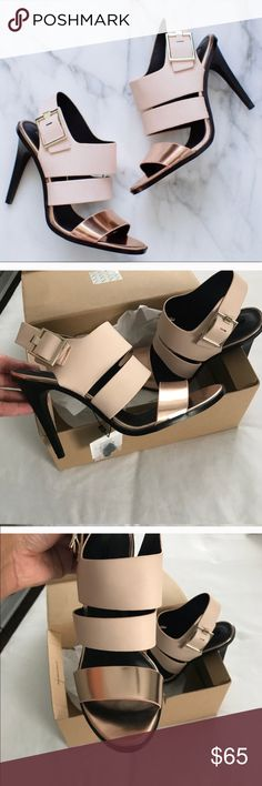 Zara Rose Gold Heels NWT AND ORIGINAL BOX SIZE 10 rose gold Zara heels But it's not true to size I am a 10 and this are a little smaller I will said more like a 9.5 US size Zara Shoes Heels