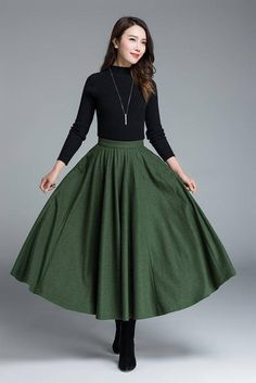 DETAILS: * soft wool blend * 2 hip pockets * back zip closure * pleated maxi skirt * winter, autumn & spring skirt * length approx 84 cm SIZE GUIDE Available in women's US sizes 2 to 18, as well as custom size and plus size. Size chart PDF