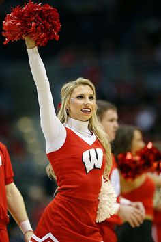 College cheerleader of the week — img 4
