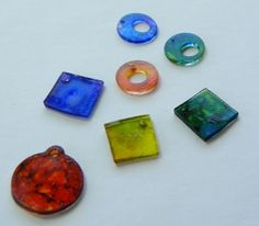 How to Use Shrink Plastic & Alcohol Inks for charms http://candyspiegel.wordpress.com/2012/04/05/shrink-plastic-alcohol-inks/