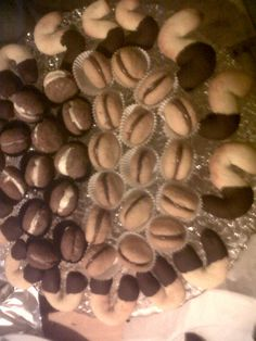 baci di dama e biscotti di frolla fatti da noi ................squisiti!!!