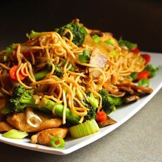 Healthy Chicken Chow Mein made with tons of veggies, lean protein and a home made Asian Stir-Fry sauce.