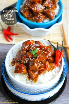 Slow Cooker Sriracha Chili Chicken is an easy and tasty meal that comes together quickly in your crockpot. From @lifemadesweeter for DessertNowDinnerLater.com